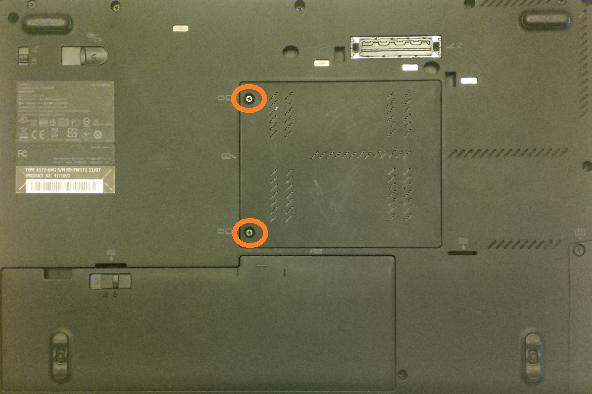 desfacem suruburile pentru Lenovo ThinkPad T420s