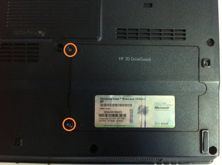 Cum se inlocuieste HDD la HP Compaq 6710b surub
